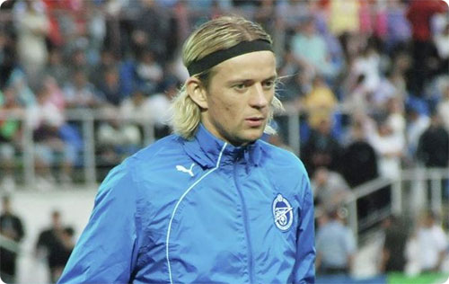 Тимощук будет играть в «Зените» под 44-м номером