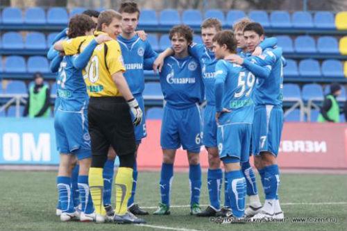 Молодежка «Зенита» сыграет в Юношеской лиге УЕФА
